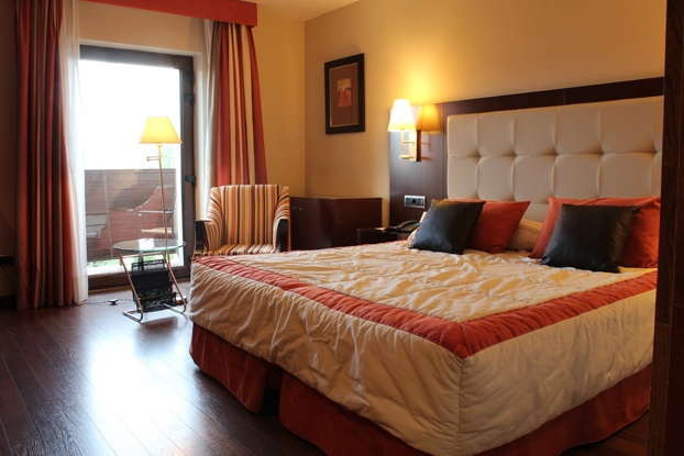 Habitación del Hotel BlueSense Ávila Gredos en El Barco de Ávila. Castilla y León. Spain.