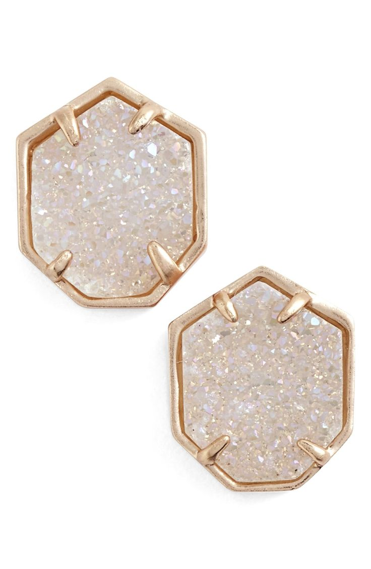 These adorable Kendra Scott rose gold stud earrings with iridescent drusy stones will add sparkle to any ensemble
