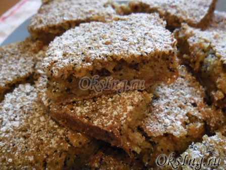 Unusual rum cake without flour: the original dessert, slices of cake on a plate ==== Необычный ромовый пирог без муки: оригинальный десерт, кусочки пирога на тарелке