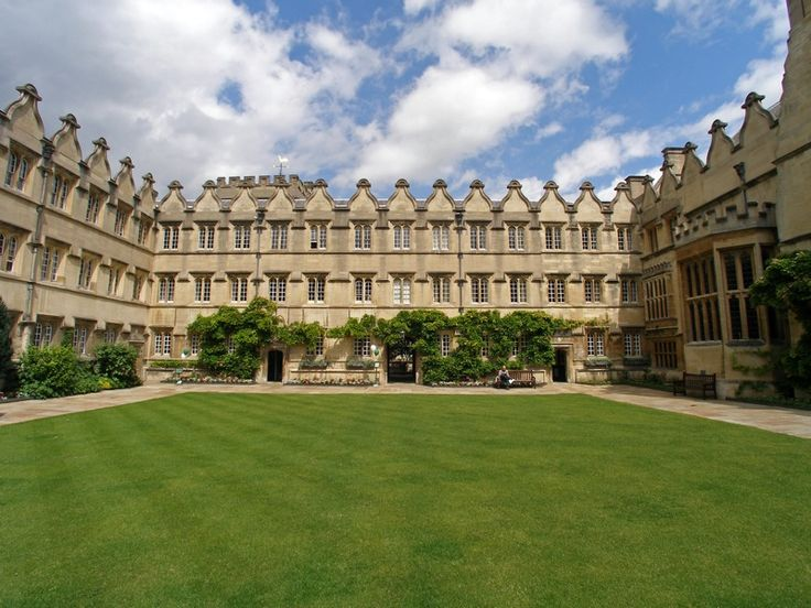 Jesus College (Jesus College in the University of Oxford of Queen Elizabeth's Foundation) University of Oxford. Founded by Elizabeth I on 27 June 1571 for the education of clergy. Named after Jesus of Nazareth. It's Sister College at Cambridge is Jesus College.