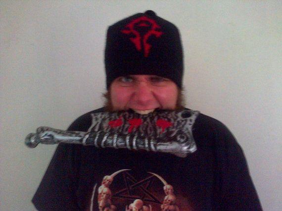 Horde Crest beanie hat World of Warcraft machine by Joycesknitwear