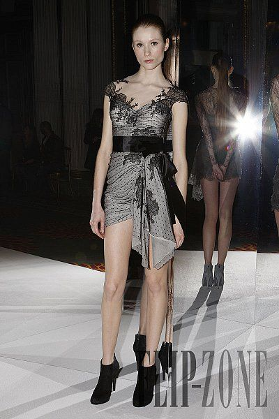 Fall Zuhair Fall Murad and Zuhair online Ready   Murad    Zuhair   Wear To Ready To Wear fitflop Murad