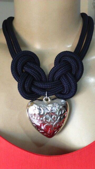 Musas Casa de Modas y Bisutería.... DIY este collar de nudos