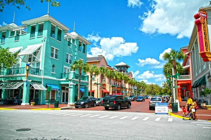 Celebraton, Florida. Restaurants, coffee shops and Boutiques. A whole Disney town by Disney World.