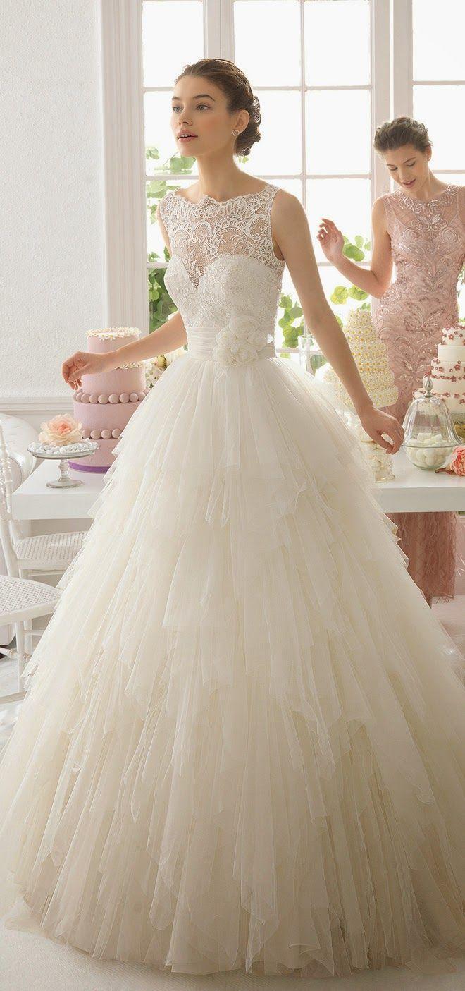 Aire Barcelona 2015 Bridal Collection | bellethemagazine.com palmaSHOPPERS: boda religiosa