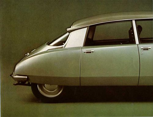 I love these cars. I encountered one in a tiny parking garage years ago and fell in love with it's weirdness.