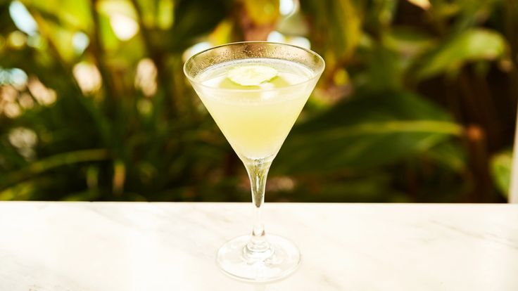 Gin cucumber cocktail #recipe from FIG in Santa Monica