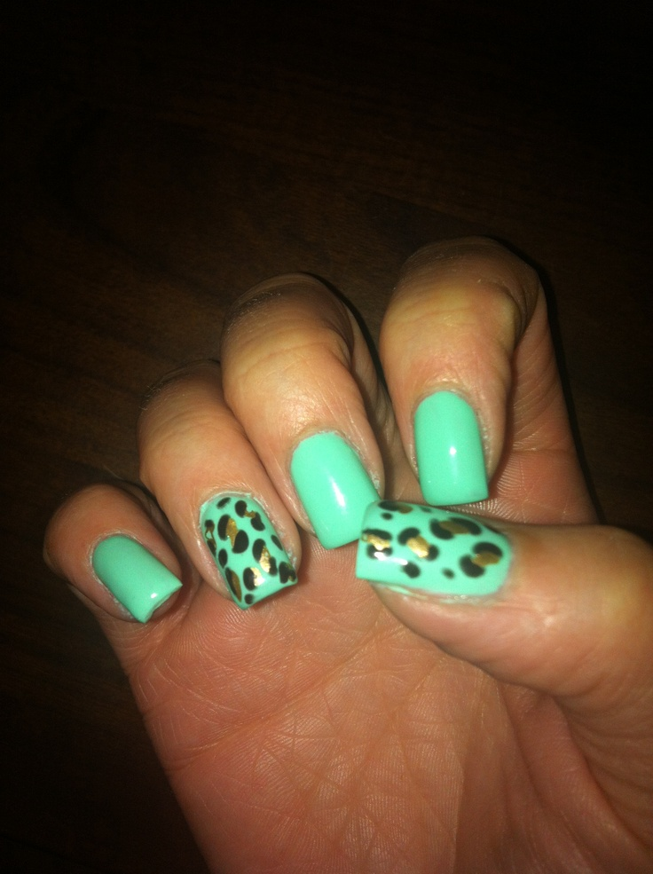Mint Gel nails with leopard