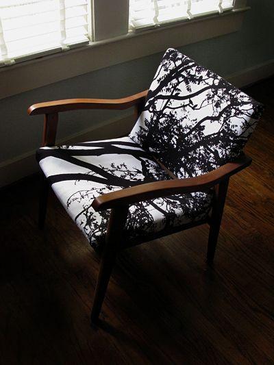 Merimekko fabric on 1970s chair beautiful! Looks like a shadow!