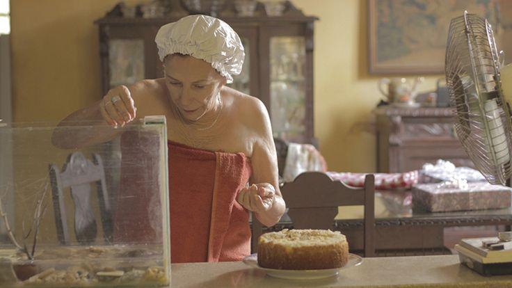 Coralia Veloz en el cortometraje CAPARAZÓN de Joa Vidal  #joavidal #caparazon #shortfilm #festival #equinoxio #competencia #bogota #cine #eictv #cuba #colombia #art #pelicula #cortometraje #ficcion #new