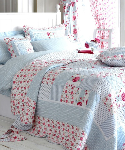 Cottage Bedroom Decor