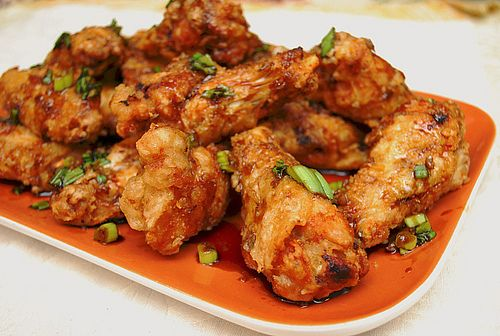 Korean Style Chicken Wings = super crispy and crunchy with a sweet, garlicky, yet subtly spicy sauce
