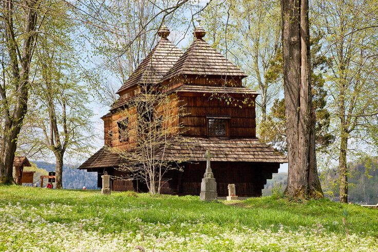 Smolnik. Drewniana cerkiew greckokatolicka z 1791 roku. /  Smolnik. Wooden Greek Catholic Tserkva from 1791.   #Podkarpackie #Poland #UNESCO #WorldHeritageList