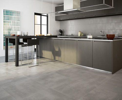 grauer boden | fliesen küche, verkostungsraum, moderne küche