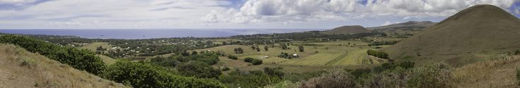https://flic.kr/p/FHHZj4 | Easter Island | Panorama of the west side of Easter Island from the Puna Pau archaeological site.
