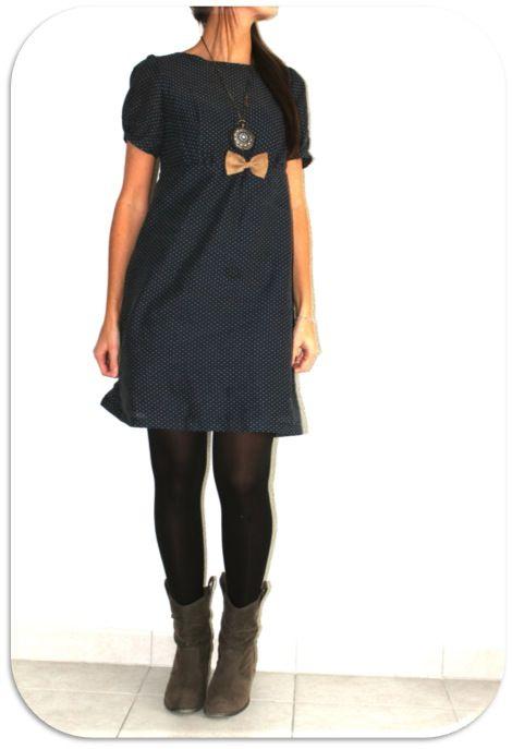 la S - élargie le haut du dos : boutons dans le dos plutôt que zip, mais la robe s'enfile sans avoir à ouvrir les boutons. Réduit de qq cm le haut du col pour éviter que ça baille trop,  et ajout d'un noeud devant