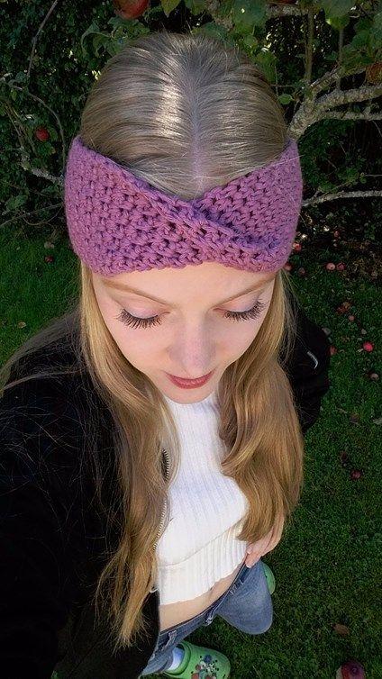 Fridas virkblogg-litenvirktant.se: Rosa pannband med twist - med MÖNSTER