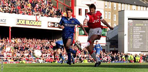 Tony Adams - Arsenal Legend with a Lion Spirit