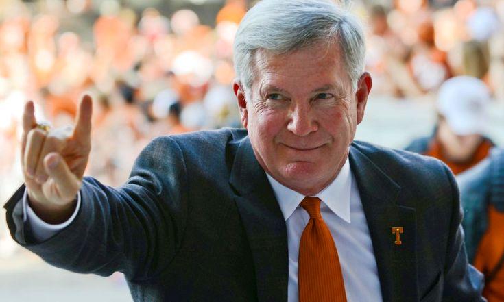 Recruiting Tip: Who do college coaches listen to?