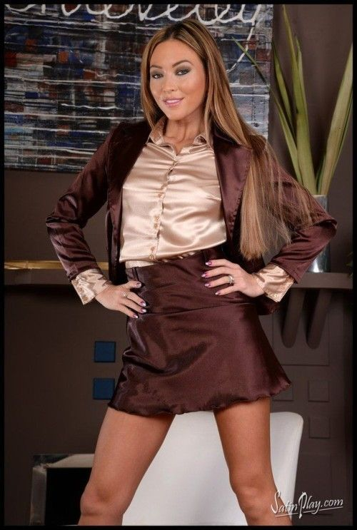 Secretary In Brown Suit And Tan Blouse Spreading Her Legs -5742