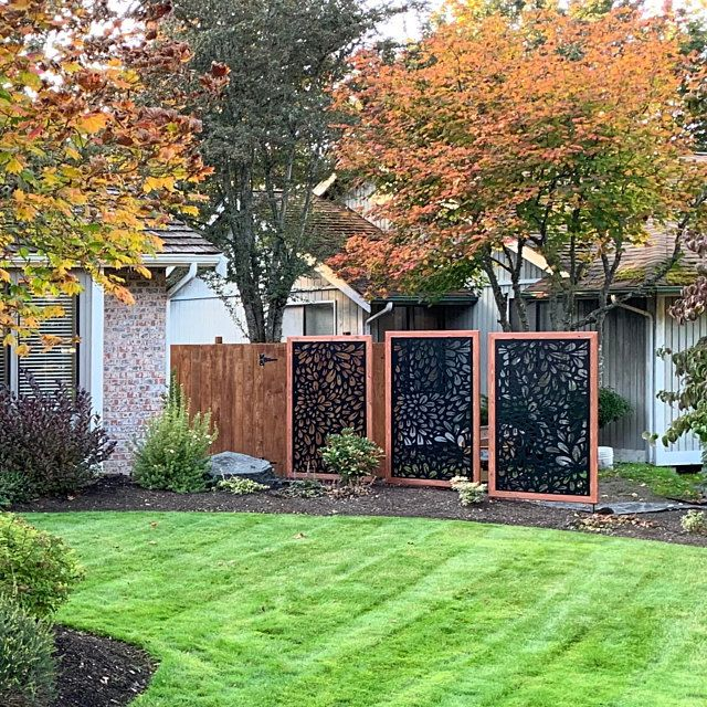 Flowerburst2 Metal Privacy Screen Decorative Panel Outdoor Etsy In 2020 Privacy Landscaping Backyard Privacy Landscaping Metal Garden Fencing