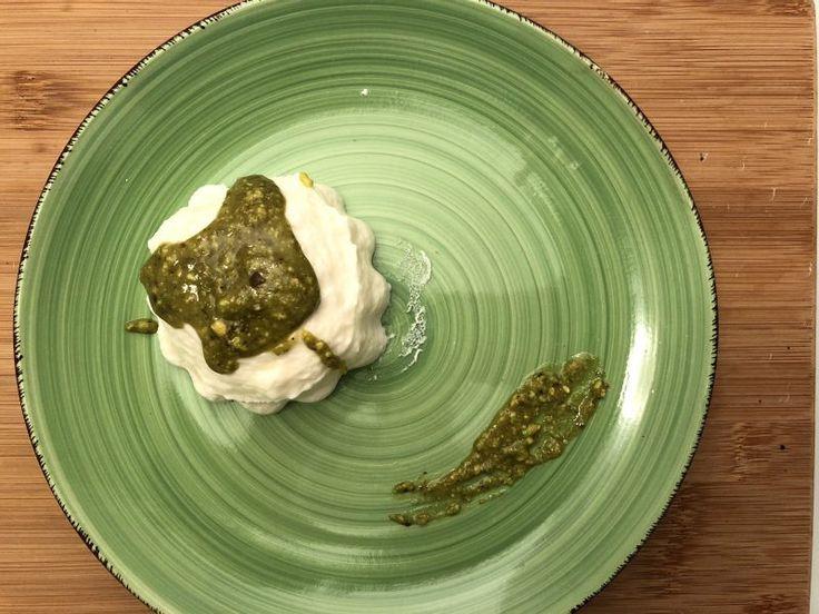 #pannacotta salata con salsa di #pistacchi