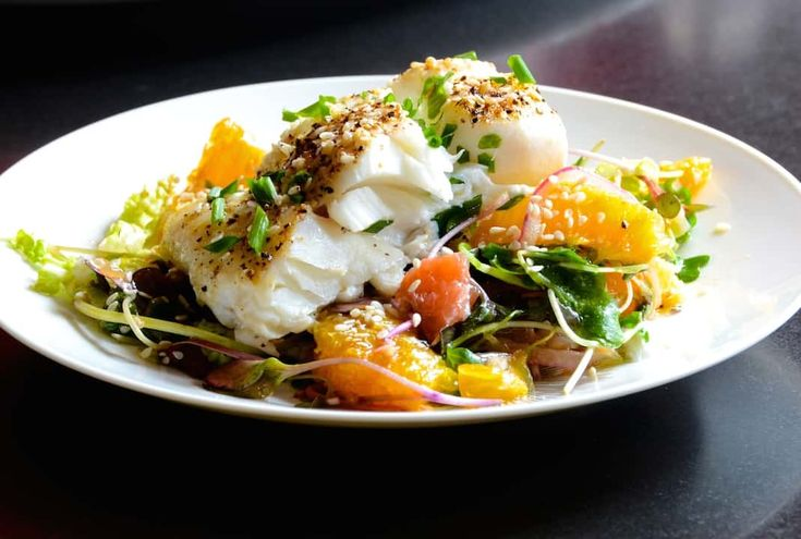 Baked Cod With Citrus Salad #Light #Healthy #Easy