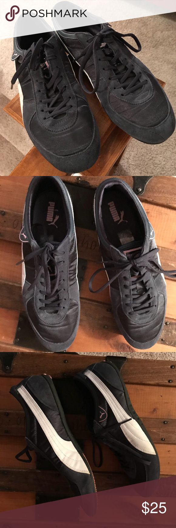 PUMA tennis shoes Navy blue with white stripes Puma flat soled tennis shoes. size 10 Puma Shoes Sneakers