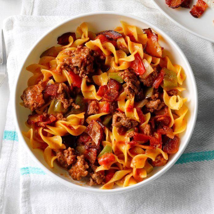 Spanish Noodles Ground Beef Recipe In 2020 Ground Beef Spanish Noodles Beef Dinner