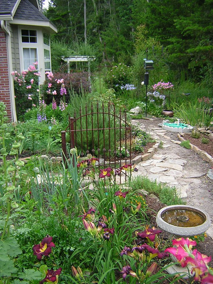 Cottage Gardens Garden Paths And Cottages On Pinterest 640 x 480