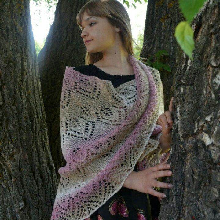 Big and warm shawl