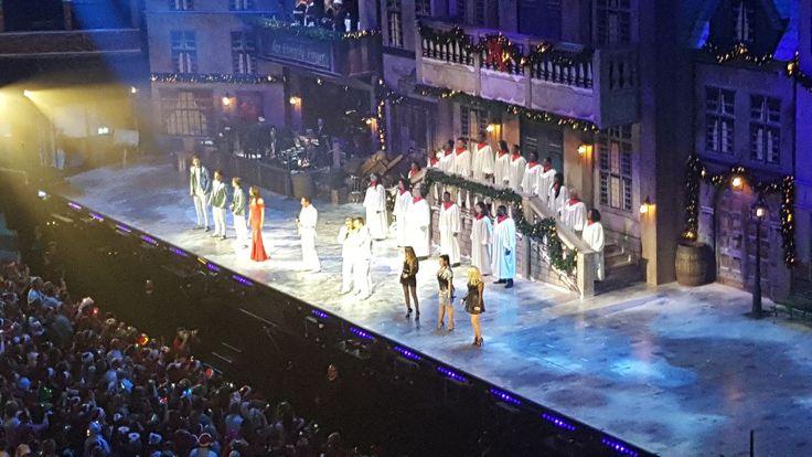 Met New Gospel Sensation opgetreden tijdens Toppers Kerstshows 2016 in Ahoy Rotterdam