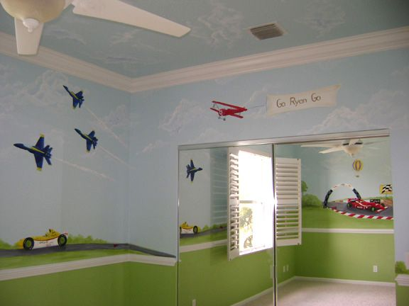 Another example of a boy room w a chair rail kinda looks for Boys room mural
