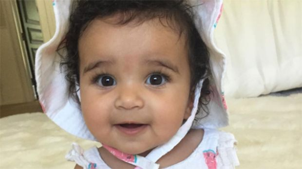 Rob Kardashian Gushes Over His Summer Love & 'Watermelon Baby' Dream: See Sweet Pic https://tmbw.news/rob-kardashian-gushes-over-his-summer-love-watermelon-baby-dream-see-sweet-pic Rob Kardashian cannot get enough of his precious baby girl Dream, and it's not hard to see why. The star recently showed off his daughter dressed head-to-toe in watermelon getup, & we're dying from cuteness overload!OMG, Dream Kardashian, 7 months, is SO adorable! And her dad Rob Kardashian, 30, just loves showing…