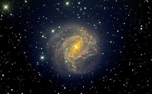 Southern Pinwheel Galaxy M83 Color - Dec 27, 2013