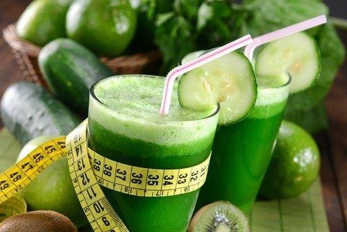 Les meilleurs jus verts pour brûler des graisses et contrôler son anxiété