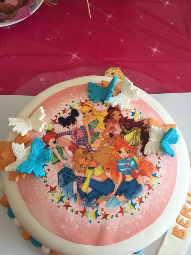 Winks Club Cake