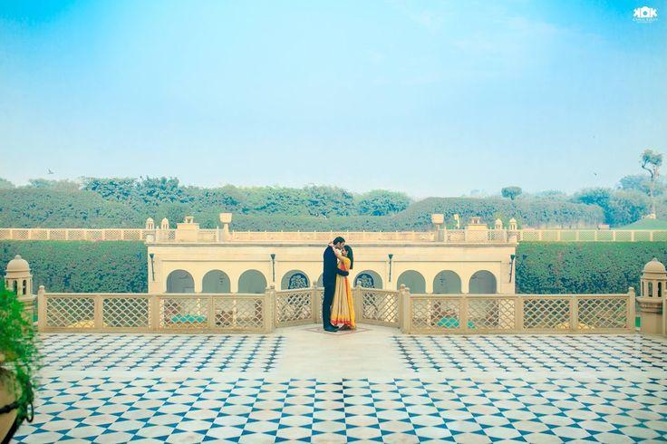 😍 Photo by Kamal Kiran Photography, Secunderabad #weddingnet#wedding #india #indian #indianwedding#weddingdresses#lehengasaree #saree #bridalsaree#weddingsaree#indianweddingoutfits #outfits #couple #sky#mountains #catched