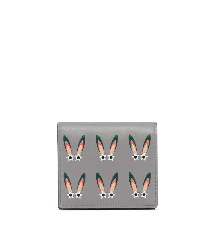 MCM STAR EYED BUNNY TWO FOLD FLAT WALLET IN NAPPA LEATHER. #mcm #shoes #