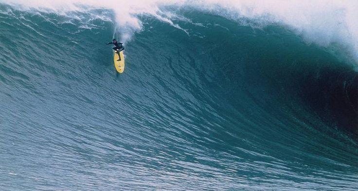 "Telona. Burle numa das cenas de ""Surf adventures"""