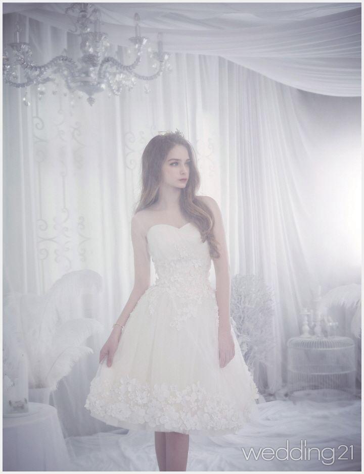 모던하고 로맨틱한 드레스로 신비로운 무드를 표현하다, 장다인릴리엔