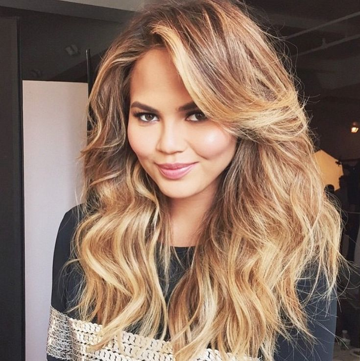 Meet the #ManeMaster behind Chrissy Teigen's gorgeous extensions, Priscilla Valles! #NeedToKnow #Extensions101