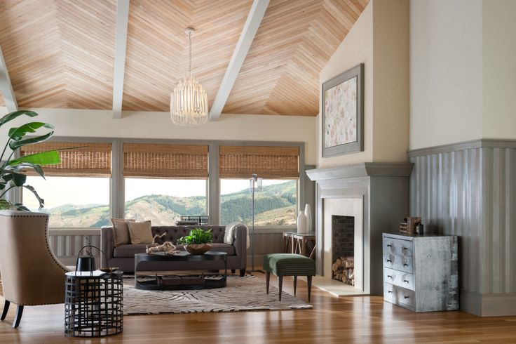 A Metrie Ceiling Treatment That Will Make You Want to Look Up