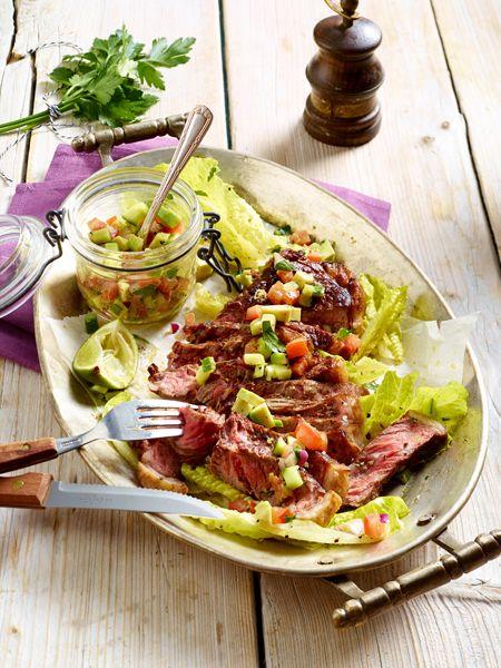 Über Nacht abnehmen: 15 Rezepte fürs Low Carb Abendessen lassen die Pfunde purzeln - ganz nebenbei. Verzichten Sie auf Kohlenhydrate, aber nicht auf Genuss.