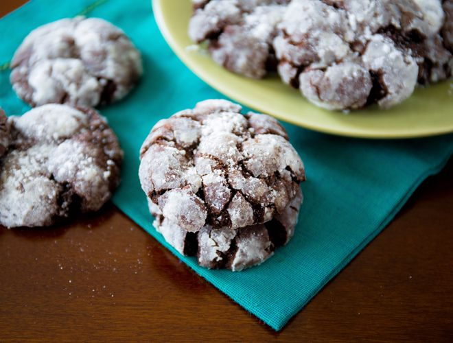 If your home is expecting a visit from Santa Claus, your kids will love help making these chocolate crinkle cookies from Sally's Baking Addiction.