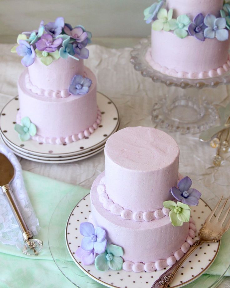 Lavender Honey Mini Cake