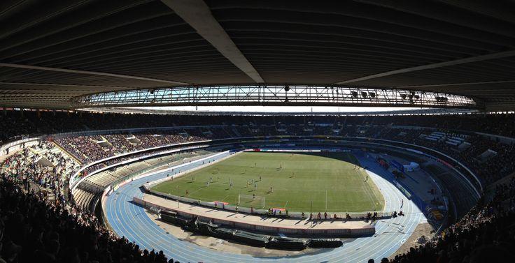 @Chievo Lo stadio Marcantonio Bentegodi è un impianto sportivo di Verona. Lo stadio è sede degli incontri interni della squadra di calcio professionistiche ChievoVerona. Ospita, inoltre, le partite di Champions League femminile del Bardolino Verona. #9ine