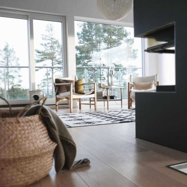 | sunshine | #home #livingroom #scandinavianinterior #scandinavian #nordicinspiration #nordicdesign #oldandnew #funkis #nyfunkis #homeinterior4you #interior123 #interiores #interior4all #ssevjen #interiorwarrior #emiliemadelene #asafotoninspo #interiorwife #inspirasjonsguidennorge #interiørmagasinet #interiør #interior_november #boligplussminstil #kkliving #finahem #homedecor #bonaturlig