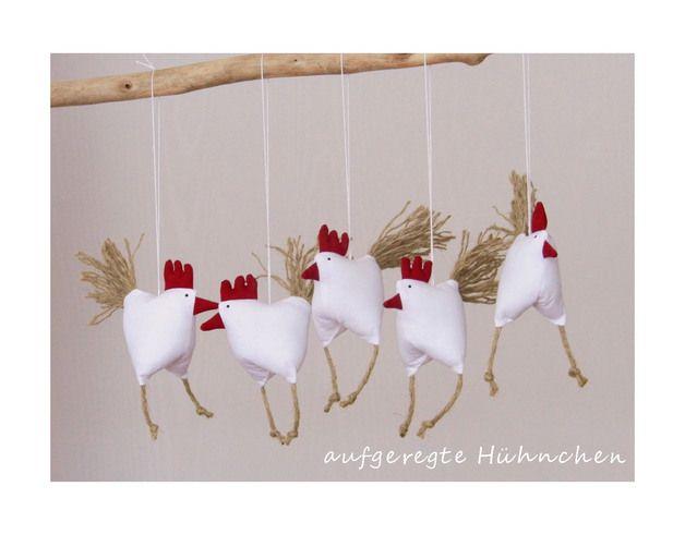 Deko-Objekte - Frühjahrs-Oster-Deko 5 aufgeregte Hühnchen Hühner - ein Designerstück von uggla-deko bei DaWanda