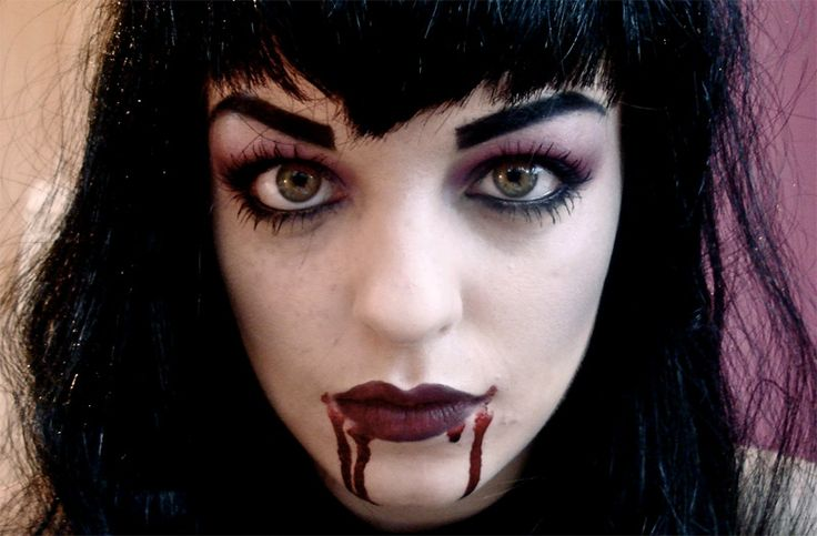 makeup-halloween-vampira-sexy-tutorial.jpg (800×525)